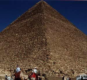 piramida_geomantie